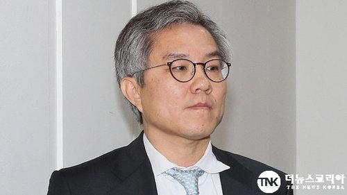 """최강욱 의원 """"윤석열 검사장회의서 똘마니 규합"""", 황희석 """"자신이 법?"""""""