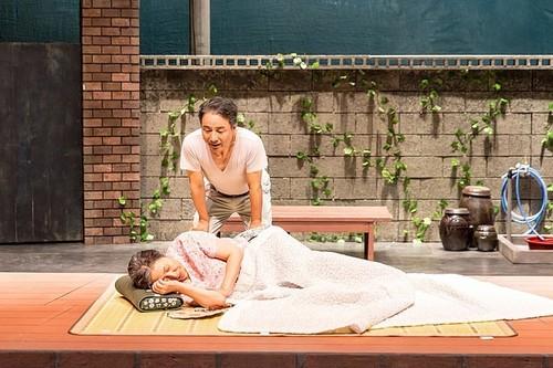 [영화] 19일부터 상영 '늙은 부부 이야기, 스테이지 무비', 연극의 변신